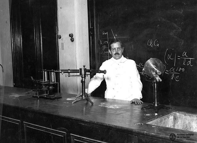 Houssay en la cátedra de Fisiología, Facultad de Medicina, UBA